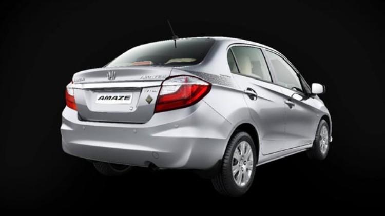 Honda Brio Sedan Edisi Spesial Rilis di India